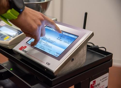 V30 CP > Contenitore Inox, display LCD 7, Touch Screen > PRODOTTO RETEL